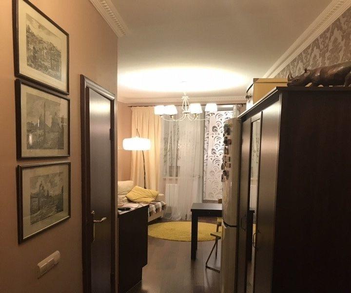 Отличная 1-комнатная квартира в хорошем доме.