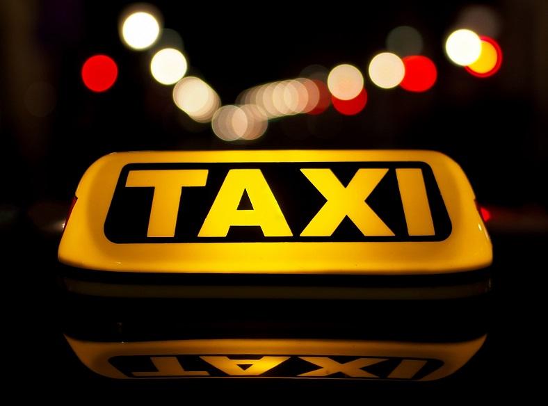 Зарабатывайте в такси на своем автомобиле